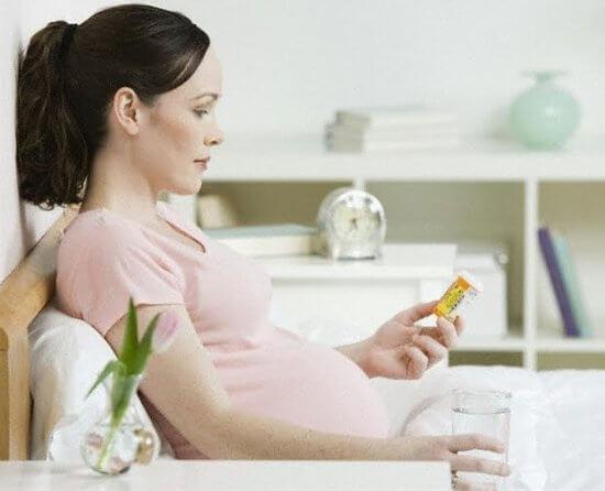 Беременная с насморком