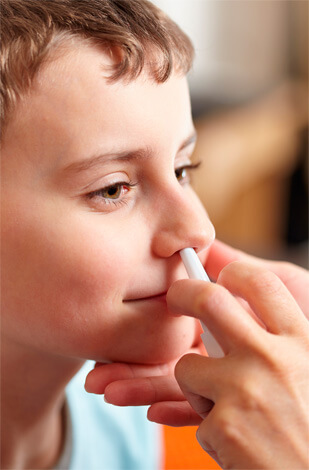 Гриппферон закапывают в нос ребенку