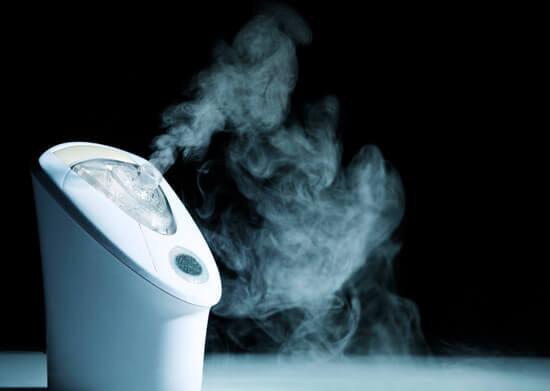 Современные устройства для проведения ингаляций могут распылять лекарственные вещества в виде аэрозолей.