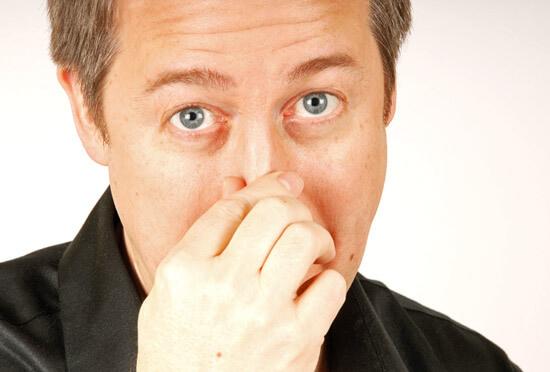 Не всегда заложенность носа бывает следствием ринита - она может быть связана с гайморитом, полипами и другими патологиями. Разберемся в ситуации подробнее...