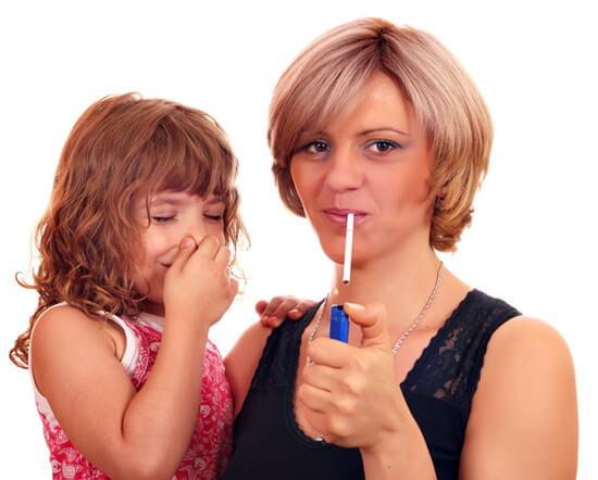 Курение при больном ангиной ребенке