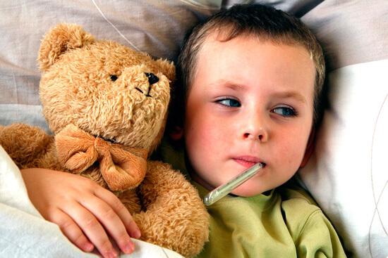 При болезни ребенок сам установит себе тот режим, который соответствует его самочувствию.