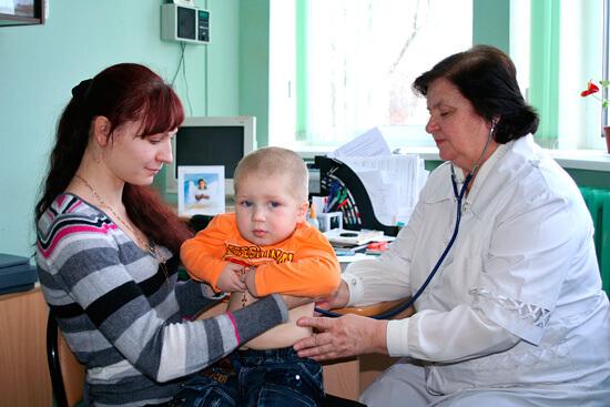 Нередко на решение врача влияют эпидемиологическая обстановка на его участке, а также недавнее применение у ребенка других лекарственных средств.