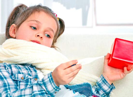 Если ангины у ребенка повторяются чаще раза в год, можно заподозрить у него хронический тонзиллит.