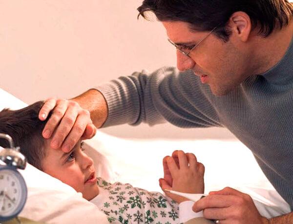 Ощущения в коже руки зависят не только от температуры тела больного, но и от температуры самой руки.
