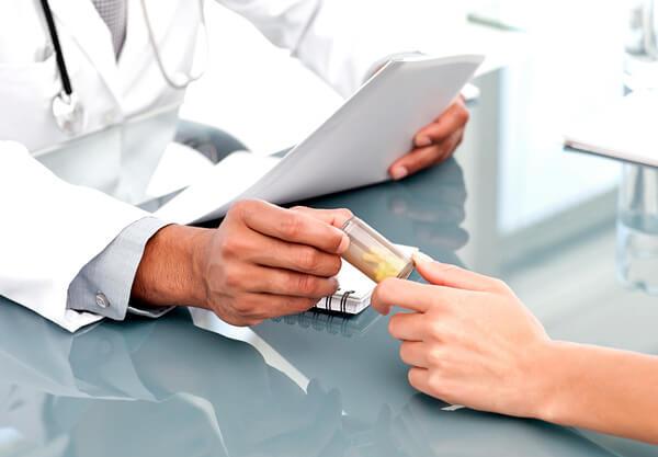 При ангине суть лечения заключается в том, чтобы уничтожить инфекцию, а не в том, чтобы непременно пропить антибиотик.
