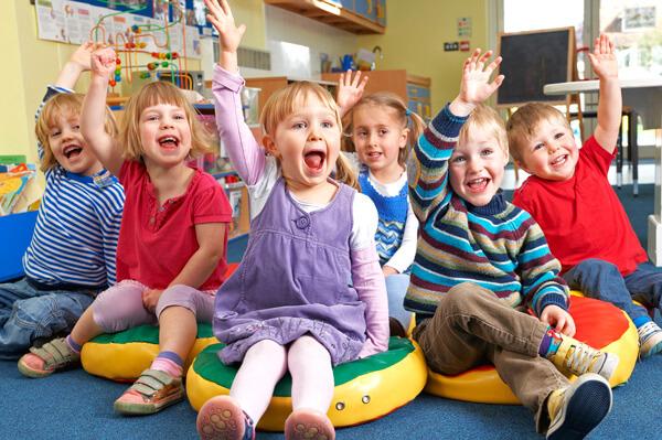Дети в большинстве случаев приносят герпесную ангину из детских садов и школ.