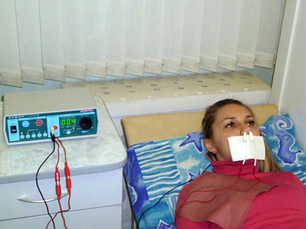 Эта процедура способствует снабжению слизистой оболочки носа веществами, которые стимулируют активность и восстановление реснитчатого эпителия.