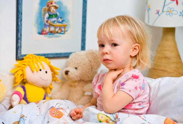 Как правило, на 2-3 день после начала приёма антибиотиков ребенок чувствует себя уже достаточно хорошо, чтобы не находиться все время в постели.