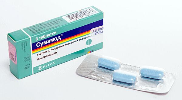 Для надежной защиты от осложнений антибиотики при ангине должны применяться не менее 7 дней.