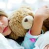 Можно ли вылечить насморк у ребенка в домашних условиях и что действительно нужно делать родителям?