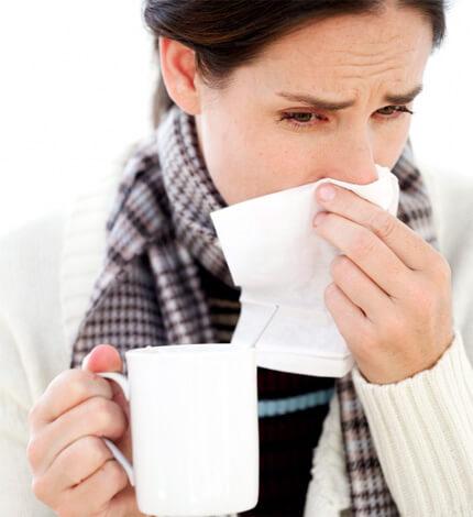 Многим беременным приходится терпеть насморк на протяжении нескольких недель. Давайте посмотрим, как можно быстро вылечить заболевание...