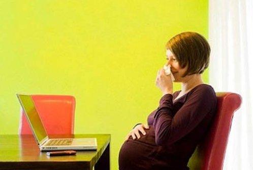 Самолечение при беременности недопустимо