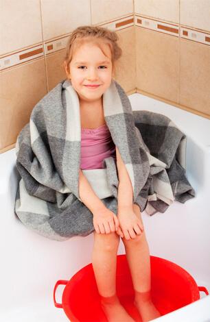 Прогревание ног при насморке у детей