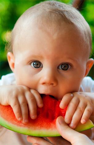 Арбуз как дополнительный источник жидкости при насморке у детей
