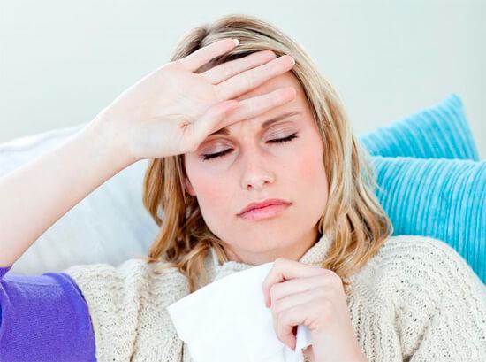 Головная боль и повышение температуры при бактериальной инфекции