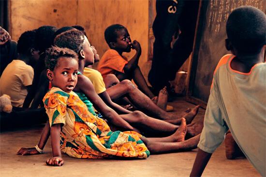 Школа в африканской деревне