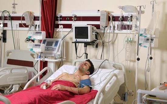 Стрептококковый шок - опасное осложнение ангины, которую пытаются лечить без антибиотиков.