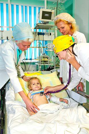 В домашних условиях давать ребенку Ганцикловир или Фоскарнет не только нерационально, но и откровенно опасно.