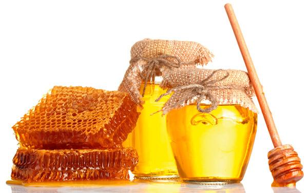 C большой вероятностью целебные свойства меда - не более, чем рекламный трюк его производителей и продавцов.