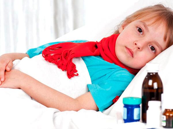 Все проблемы при домашнем лечении ангины происходят от того, что больные не всегда понимают, для чего это лечение вообще нужно.