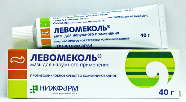 Несмотря на снижение частоты применения хлорамфеникола, Левомеколь применять для смазывания носа не следует.