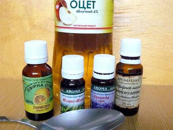 Ни эфирные масла, ни уксус не являются эффективными средствами для лечения ангины.