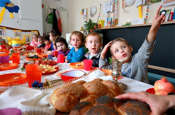Обычной практикой считается капать Гриппферон ребенку каждый день перед походом в детский сад.